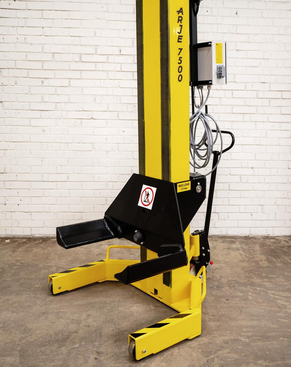 Fordonslyft Arje 7500W - Arje Lifting Systems AB